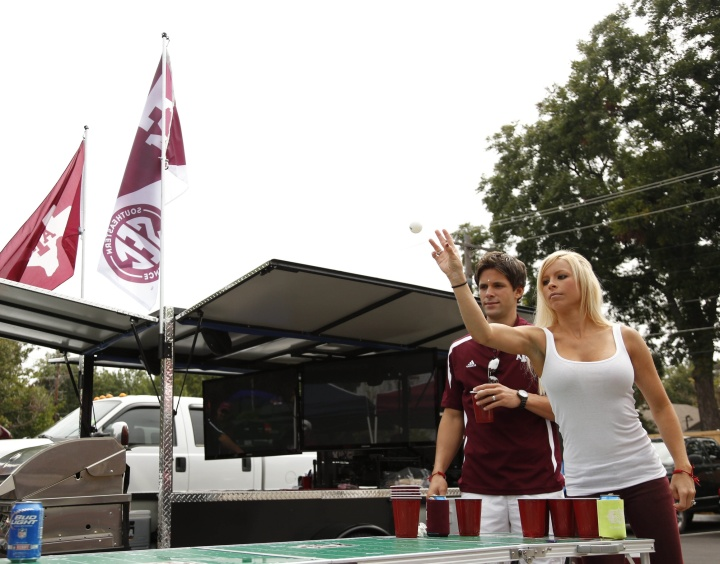 2013-college-football-tailgating-preview