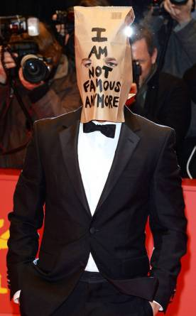 rs_634x1024-140922144501-634.Shia-LaBeouf-Paper-Bag.ms.092214-1.jpg